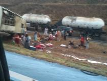 Mais de 20 pessoas ficam feridas em acidente na BR-040