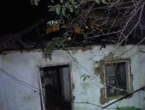 Residência é incendiada no bairro Salatiel em Caratinga