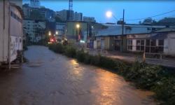 Sirene toca e população de Caratinga se prepara para evitar prejuízos com a inundação