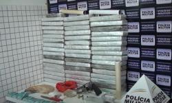 Polícia Militar apreende cerca de 60 kg de maconha em Caratinga