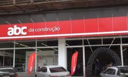FRANQUIA DA ABC DA CONSTRUÇÃO É INAUGURADA EM CARATINGA