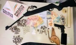 Operação da PM apreende 11 armas de fogo e outros materiais na região de Caratinga