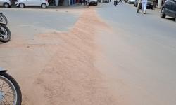 Moradores e comerciantes cobram conclusão de obras na rua Capitão Paiva, em Caratinga