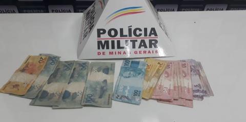 Polícia Militar de Caratinga prende jovem com mais de R$500 em notas falsas
