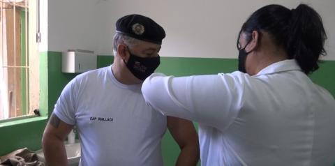 Caratinga começa imunização das forças de segurança