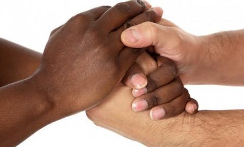A melanina não é o caminho, o ser humano é o caminho.