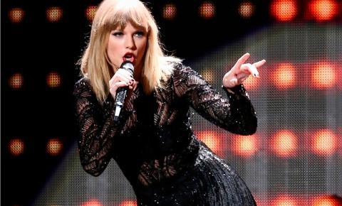 Taylor Swift usa tecnologia de reconhecimento facial em show para tentar flagrar 'stalkers'