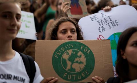 Greve Global pelo Clima deve levar milhões às ruas nesta sexta-feira
