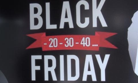 Lojistas garantem descontos surpreendentes nesta Black Friday em Caratinga