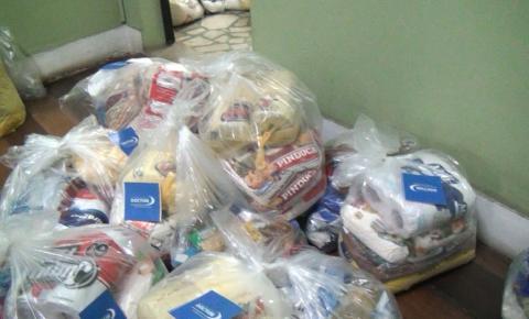 Alunos arrecadam doações para instituições da região durante projeto social