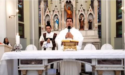 Missas na Catedral estão sendo transmitidas diariamente pelo Facebook