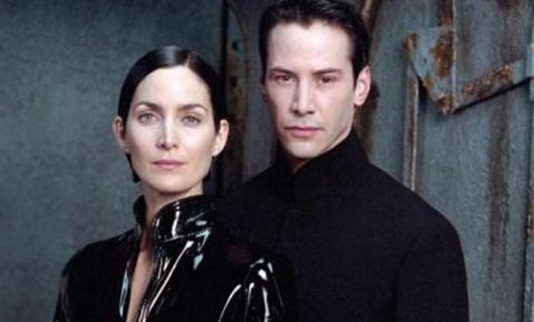Keanu Reeves e Carrie-Anne Moss falam sobre o roteiro de Matrix 4