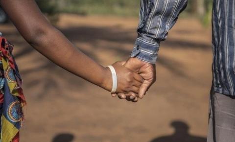 Governo Federal sanciona proibição de casamento para menores de 16 anos