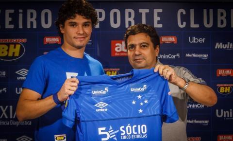 Cruzeiro alega má-fé em contrato de Dodô e pede nulidade de cláusulas; Lateral rebate e busca liminar para ser reintegrado