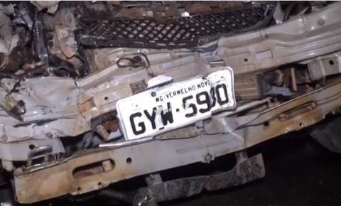 Acidente entre carros deixa quatro pessoas feridas
