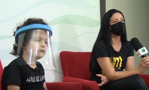 Aos 7 anos, palestrante mirim luta pelas pessoas com deficiência