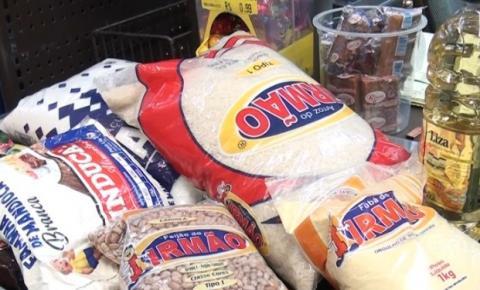 Preços da cesta básica continuam em alta, em MG