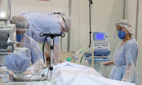 Brasil alcança 313.8 mil mortes por covid