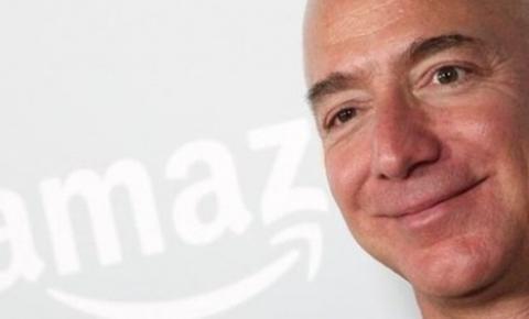 Jeff Bezos deixa a Amazon nesta segunda-feira (5)