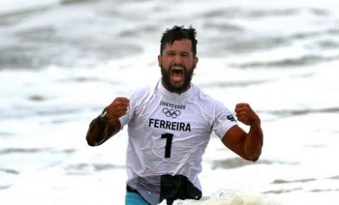 Ouro de Ítalo Ferreira impulsiona pesquisas sobre surfe no Brasil