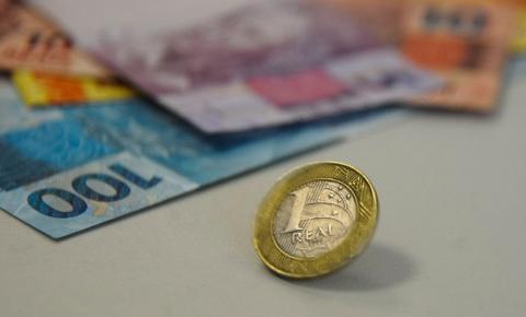 Orçamento de 2022 prevê salário mínimo de R$ 1.169