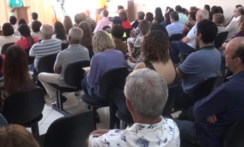 1° Fórum Léon Denis do Grupo Espírita Dias Da Cruz faz sucesso em Caratinga.
