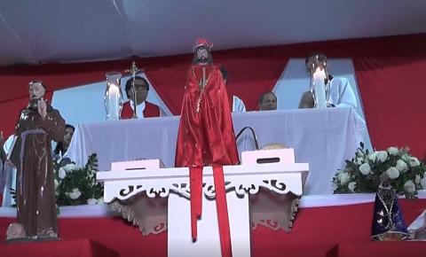 Peregrinação da imagem do senhor Bom Jesus atrai milhares de fiéis.