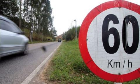 Mais de 30 multas por dia são aplicadas por excesso de velocidade