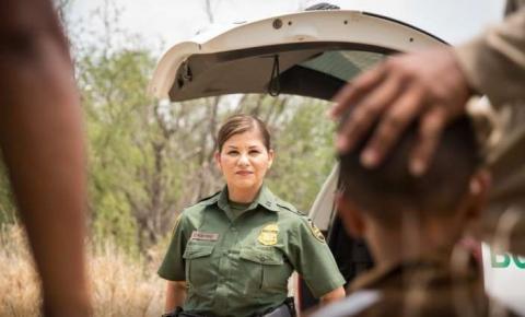 Emigrantes ilegais que tentam entrar nos EUA usando criança e adolescente são alvo de operação da PF em Minas