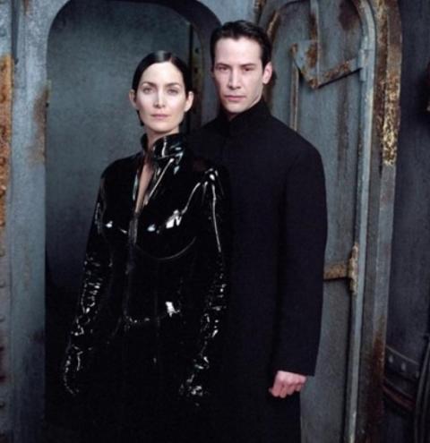 Matrix 4: roteiro é 'muito ambicioso', diz Keanu Reeves