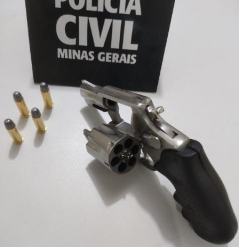 Suspeito de envolvimento em homicídio no Morro da Antena se apresenta à Polícia Civil
